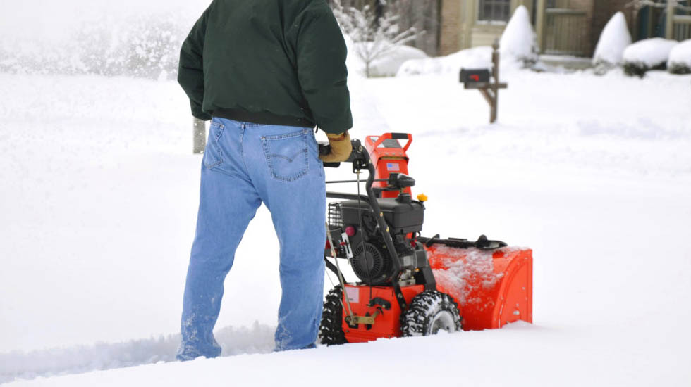 Best Gas Powered Snow Blowers