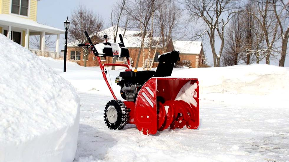 Let's evaluate all the features you'll use once your snow blower is up and running